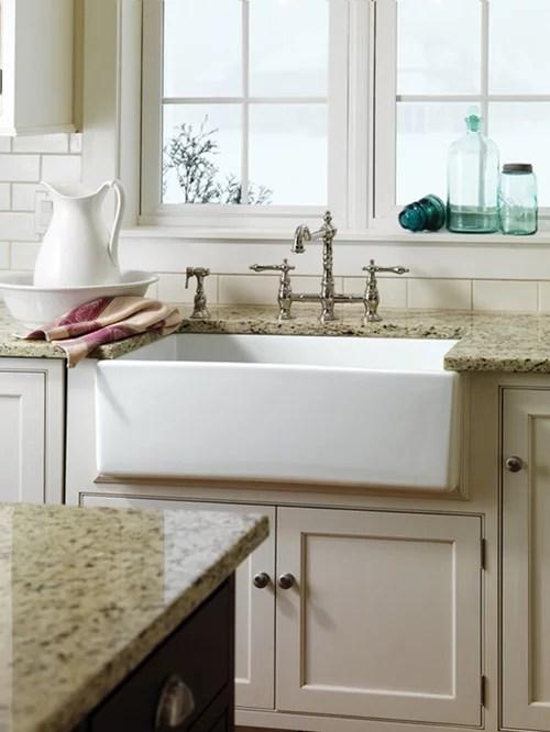 Best Farm House Sink Design Ideas & Remodel Pictures   Houzz on Farmhouse Kitchen Sink Ideas  id=48575