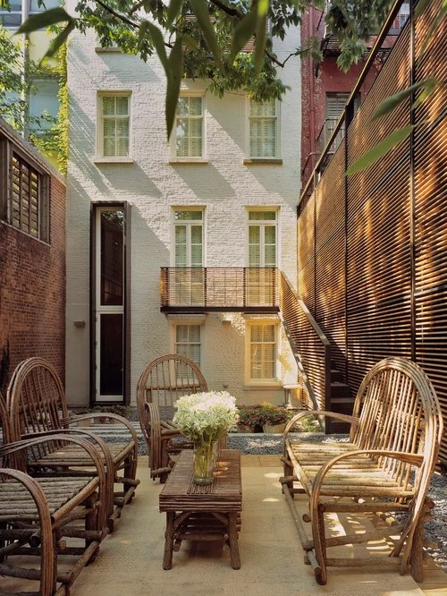 Townhouse Backyard Home Design Ideas, Pictures, Remodel ... on Townhouse Patio Ideas  id=33445