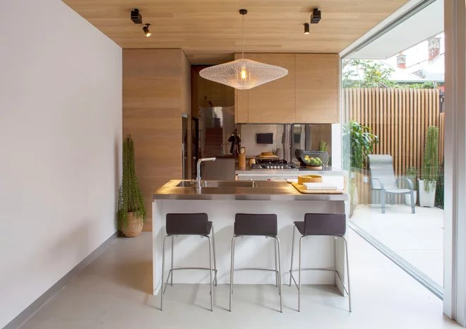 Contemporary Kitchen by mcmahon and nerlich