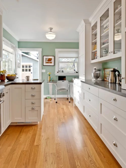 kitchen wall color houzz on best colors for kitchen walls id=91629