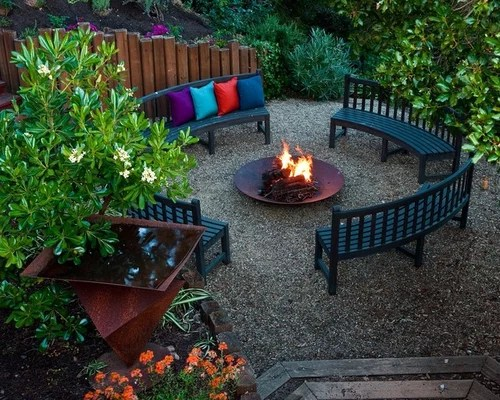 Pea Gravel Patio Ideas And   Houzz on Backyard With Gravel Ideas id=77857