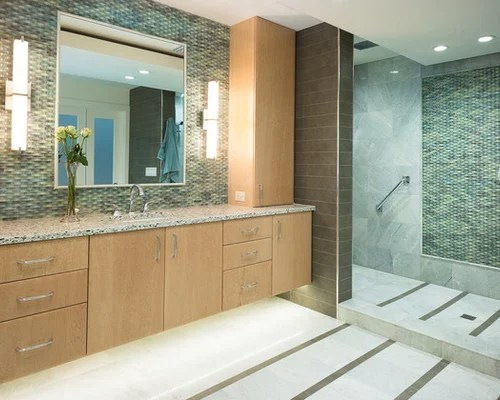 Houzz | Maple Cabinets In Bathroom Design Ideas & Remodel ... on Bathroom Ideas With Maple Cabinets  id=84954