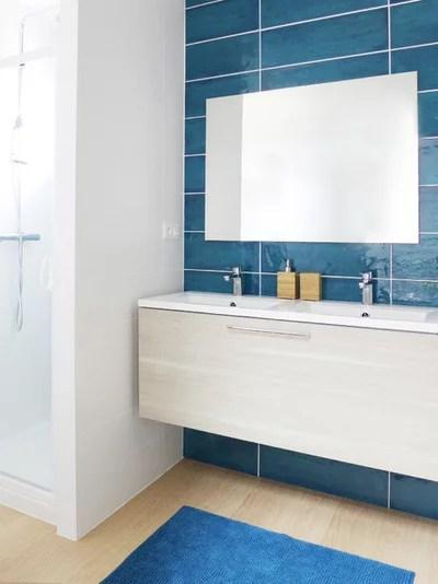Contemporary Bathroom by Skéa - décoration et architecture d'intérieur