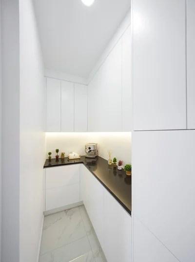 Modern Kitchen by Aurora Australis Interior