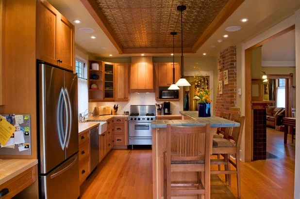 Traditional Kitchen by David Coulson Design Ltd.