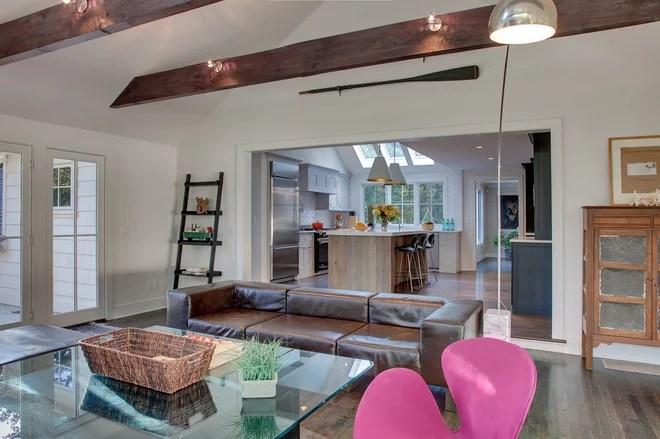 Modern Family Room by Sellars Lathrop Architects, llc