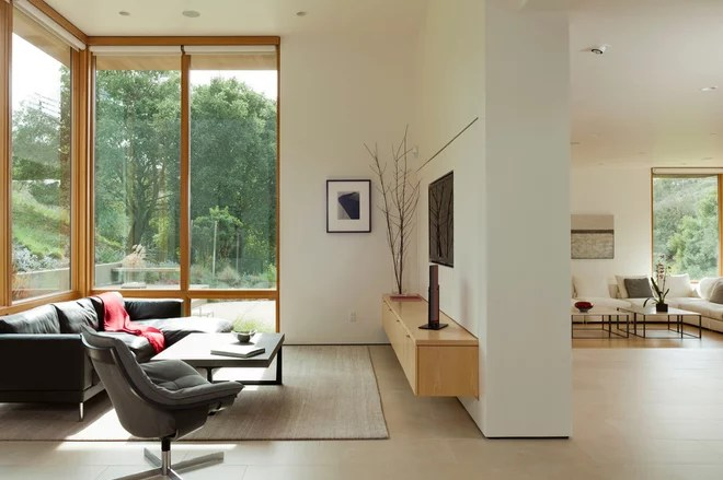 Modern Family Room by Swatt | Miers Architects