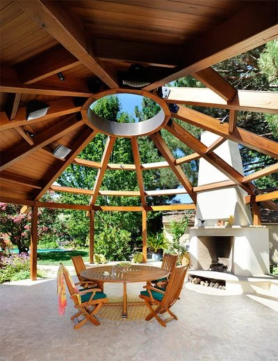 Contemporaneo Patio by Duxbury Architects