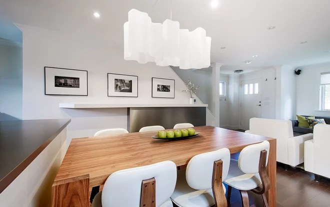 Modern Dining Room by Affecting Spaces