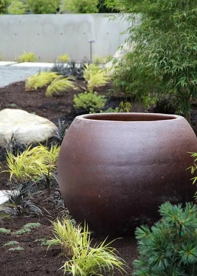 Moderno Giardino by Bliss Garden Design