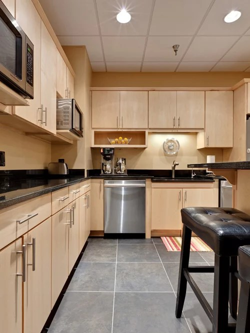 Natural Maple Cabinets | Houzz on Countertop Colors For Maple Cabinets  id=49055
