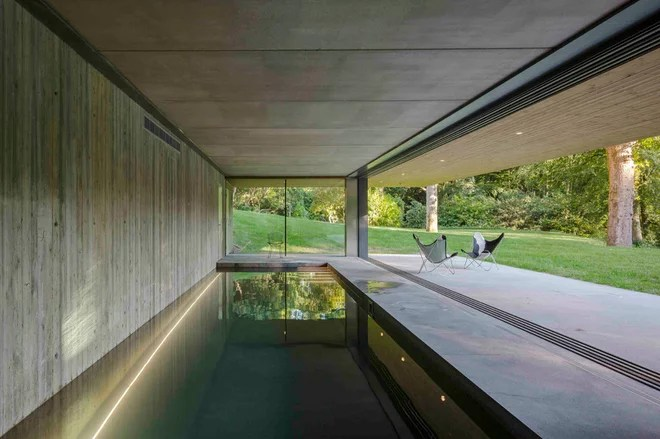 Piscina by Smerin Architects
