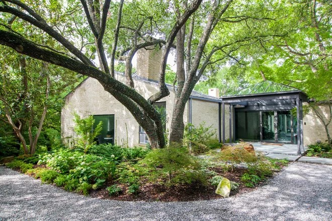 Contemporary Landscape by Blue Ribbon Lady Landscaping