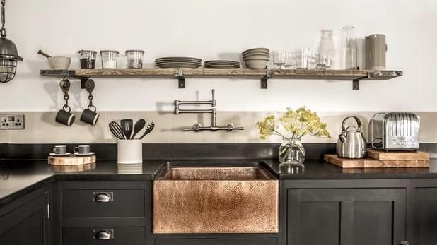 Industrial Kitchen by Camilla Banks Interior Design