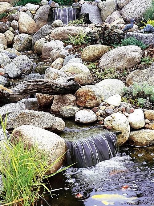 Backyard Stream Design Ideas & Remodel Pictures   Houzz on Backyard Stream Ideas id=39834