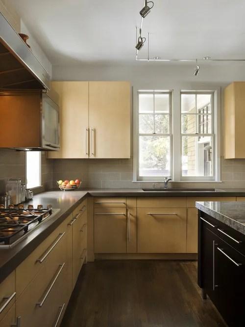 Light Cabinets Dark Floors | Houzz on Maple Kitchen Cabinets With Dark Wood Floors Dark Countertops  id=53917