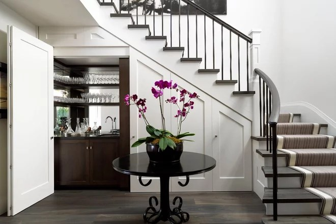 Transitional Staircase by Porebski Architects