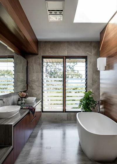 Modern Bathroom by Shaun Lockyer Architects