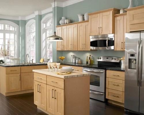 Maple Kitchen Cabinets Home Design Ideas, Pictures ... on Maple Cabinets Kitchen Ideas  id=32324
