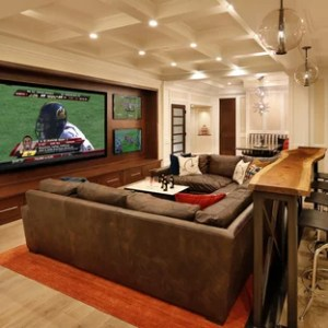 75 Home Theater Design Ideas   Stylish Home Theater Remodeling     Inspiration for a timeless home theater remodel in San Francisco with a  wall mounted tv