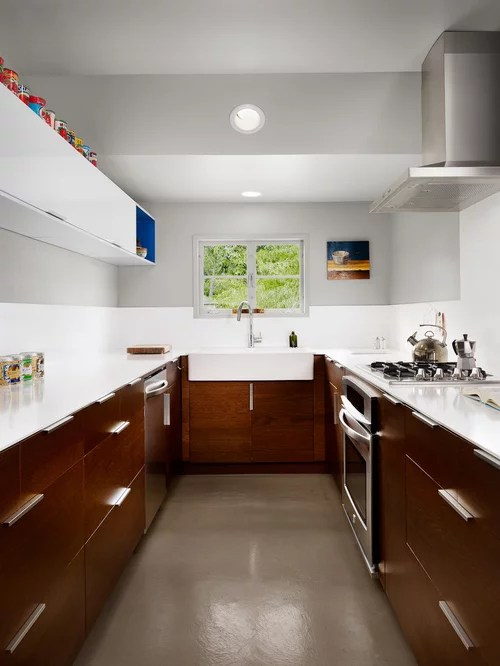 Best Brown And White Kitchen Design Ideas Amp Remodel Pictures Houzz