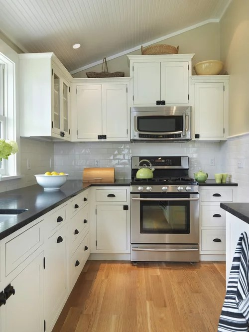 Black Countertop And White Cabinets Home Design Ideas ... on Kitchens With Black Granite Countertops  id=86930