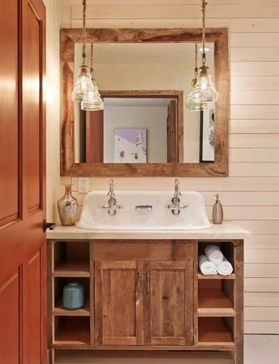 Rustic Bathroom by Laura U, Inc.