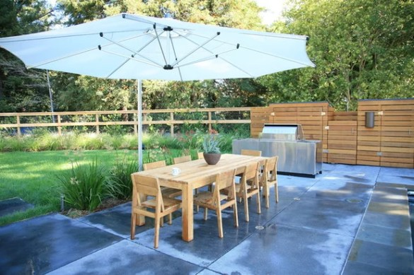 How to Pick a Patio Umbrella That Performs Contemporary Patio by The Garden Route Company
