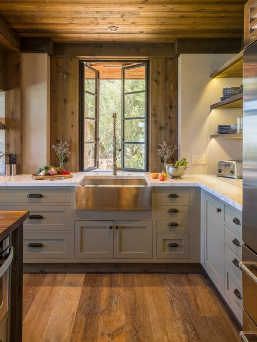 Rustic Kitchen Design Ideas & Remodel Pictures | Houzz on Farmhouse Rustic Kitchen Ideas  id=47638