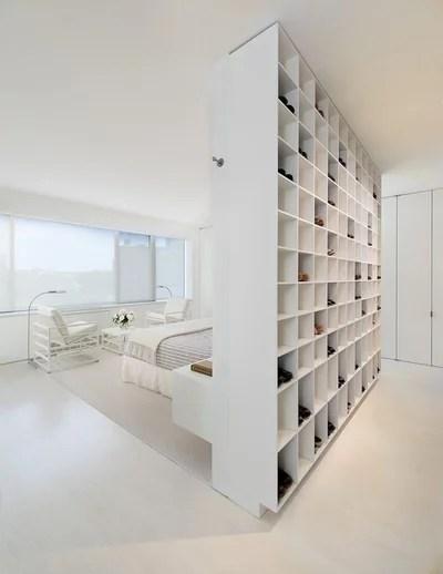 Contemporain Chambre by Jacobsen Architecture, LLC