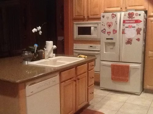 choosing a kitchen sinkage faucet to