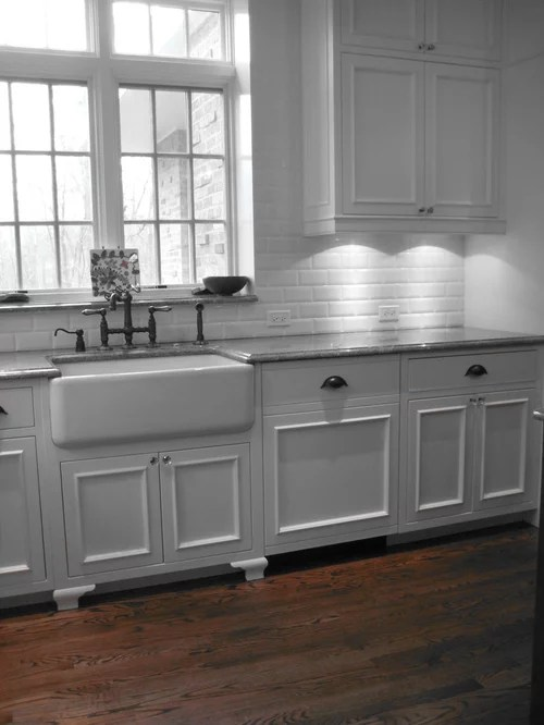 Farmhouse Sink With Backsplash Home Design Ideas, Pictures ... on Farmhouse Kitchen Sink Ideas  id=48245