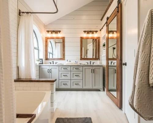 16,019 Farmhouse Bathroom Design Ideas & Remodel Pictures