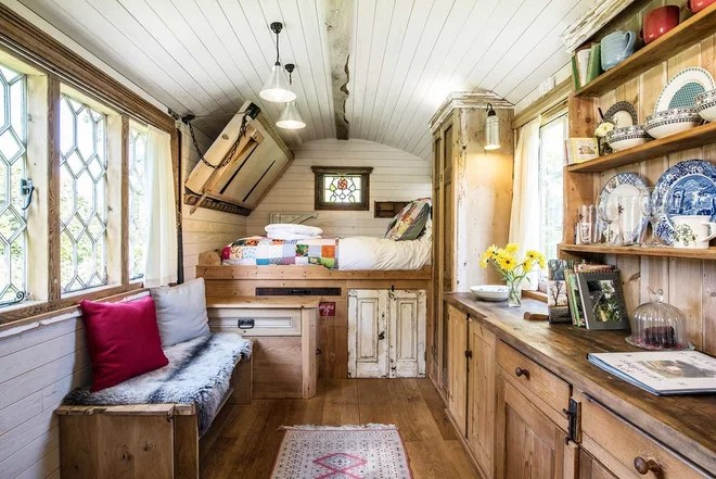 Rustic Granny Flat or Shed by Ben G Waller Photography