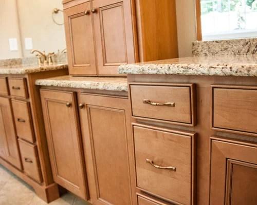 Granite Countertops Maple Cabinets Ideas, Pictures ... on Countertops With Maple Cabinets  id=56999