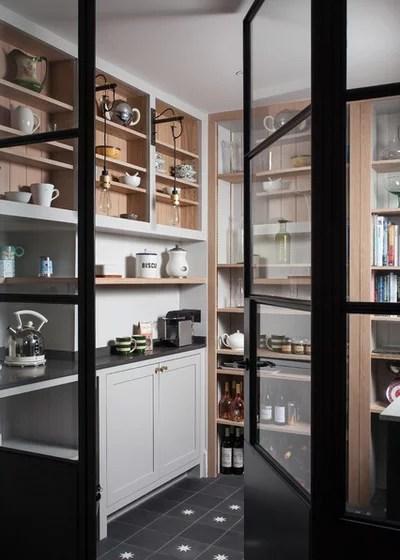 Scandinavian Kitchen by SGS Design Ltd
