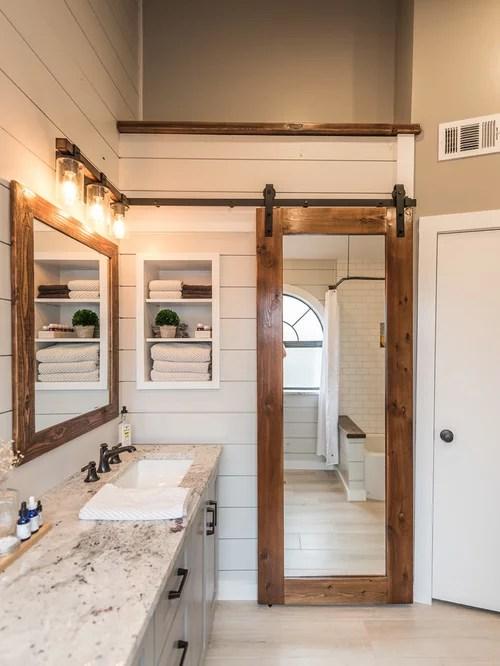 10K Farmhouse Bathroom Design Ideas & Remodel Pictures | Houzz on Farmhouse Shower Ideas  id=76832
