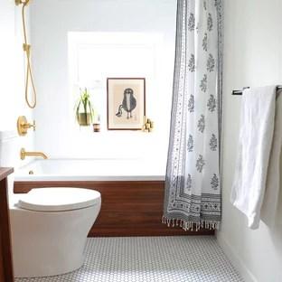 small mid century modern bathroom