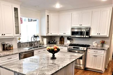 Diynetwork.com expert paul ryan shows how to reface kitchen cabinets to make an old kitchen look new again. Kitchen Tune Up Atlanta Midtown Atlanta Ga Us 30303 Houzz