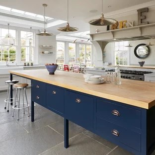 75 Beautiful Kitchen With A Farmhouse Sink And Mirror Backsplash Pictures Ideas November 2020 Houzz