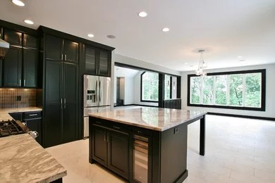 When choosing the proper cabinets, focus on styles with smooth, flat fronts. Finishing Touch Custom Woodworks Inc Park View Ia Us 52748 Houzz