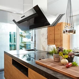 75 Beautiful Kitchen With Light Wood Cabinets And Granite Countertops Pictures Ideas January 2021 Houzz