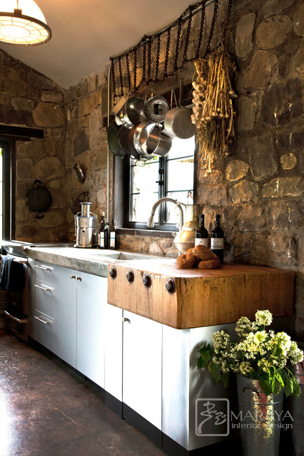 Small Rustic Kitchen Design