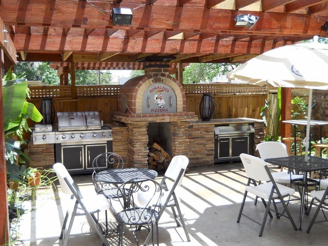 The Jordan Family Wood Fired Pizza Oven & Patio Pizzeria ... on Outdoor Patio With Pizza Oven  id=24830