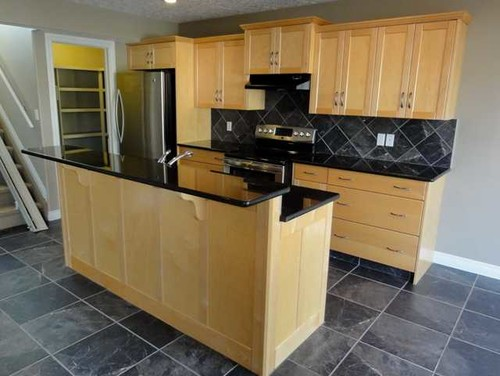 Need help picking new stain colour for maple cabinets ... on Maple Cabinets With Black Countertops  id=35036
