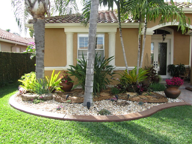 TROPICAL FLA - Tropical - Landscape - Miami on Tropical Small Backyard Ideas id=69019