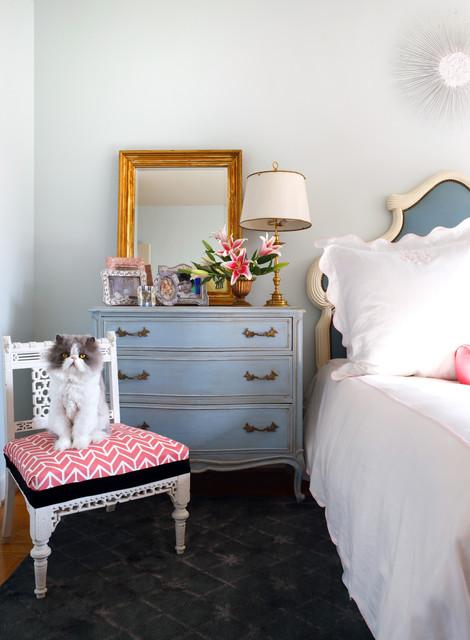 Bedroom shabby-chic-style-bedroom