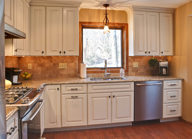 Traditional Kitchen Designs Small Kitchens