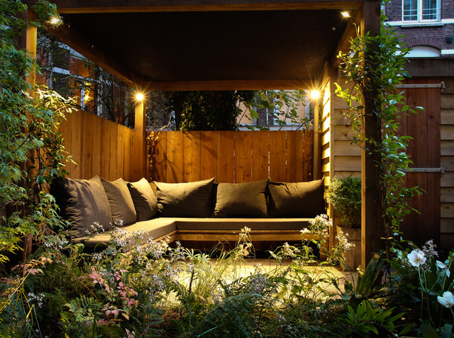 Small city garden - Contemporary - Patio - Amsterdam - by ... on Back Garden Seating Area Ideas  id=26090