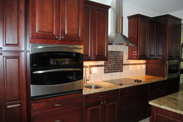 Maple Cabinets in Cranberry with Black Stain, Normandy ... on Maple Cabinets With Backsplash  id=39101
